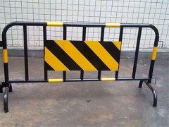 铁马临时护栏