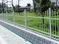 镀锌护栏钢管厚度一般多少钱一平方