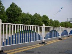 道路市政护栏采用哪些方法防锈