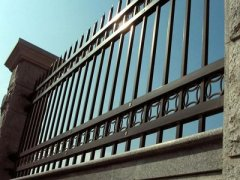 判断锌钢护栏质量如何